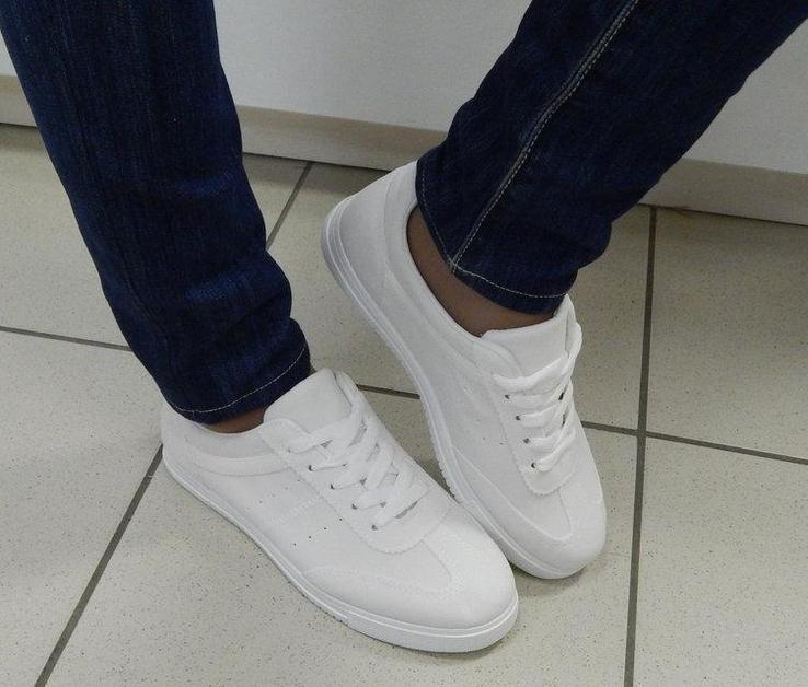 Кроссовки Gwen Цвет Белый 40 размер 24 см стелька