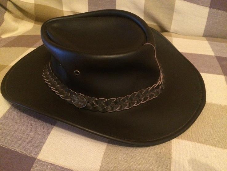 Кожаная шляпа BUTE