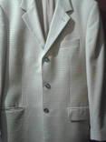 Пиджак жёлтого цвета в коричневую клетку. photo 1