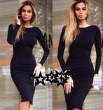 Стильное черное платье-футляр