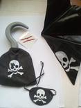 Набор пирата (крюк, бондана, пов'язка на глаз, тату раны)