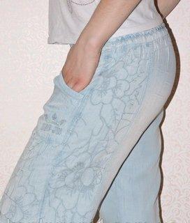 Летние джинсы свободного кроя рр 25