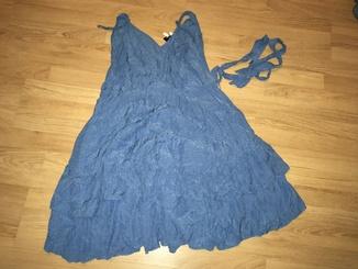 Платья, розмір - 42, L - XL