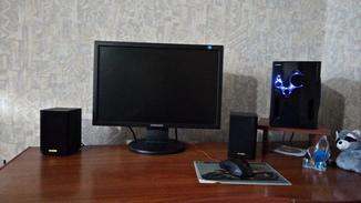 Монитор Samsung SyncMaster 2043NW