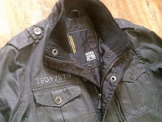 TBD*7519 Jack Jones -  походная куртка разм.М