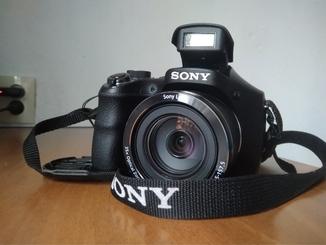 Камера для путешествий SONY DSC-H300