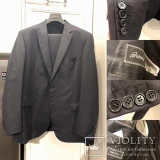 Brioni оригинальный костюм 56