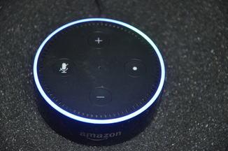 Умная колонка Amazon Echo Dot