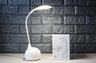 Светодиодная настольная лампа CMD8803. 3 режима яркости