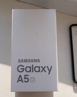 "Смартфон ""Samsung A5"" (16)+бонус"